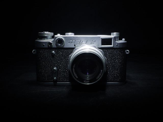 camera-893211_640