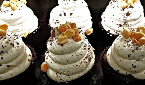 chocolate-cupcake-1014635__340