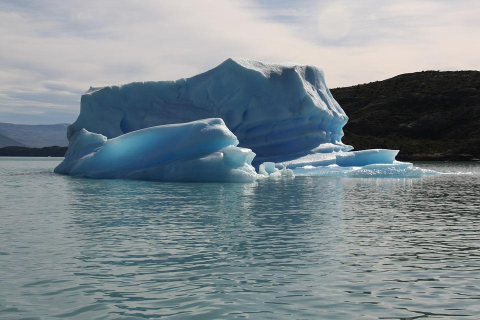 iceberg-178113_960_720