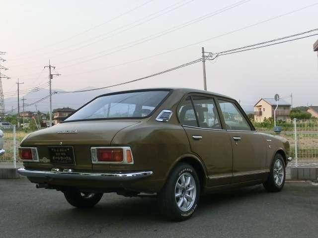 旧車カローラトヨタ
