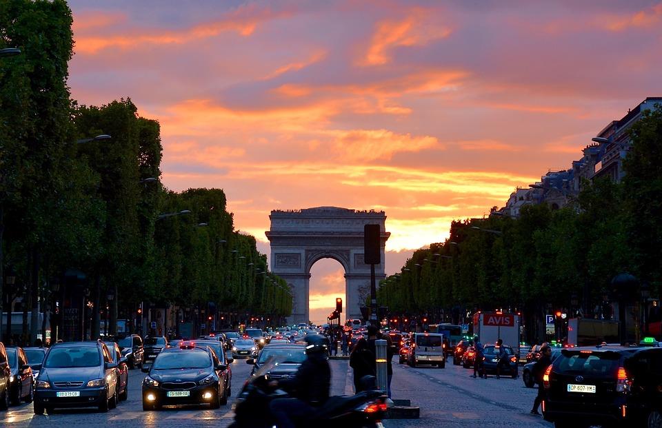paris-1541589_960_720